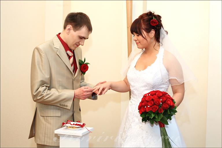 Муж пойдет один на свадьбу
